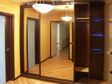 Шкафы-купе для прихожей в Красноярске на заказ